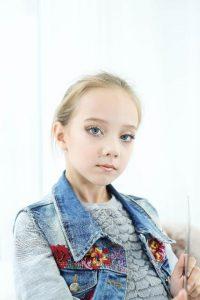 Славянская Алиса (7 лет)
